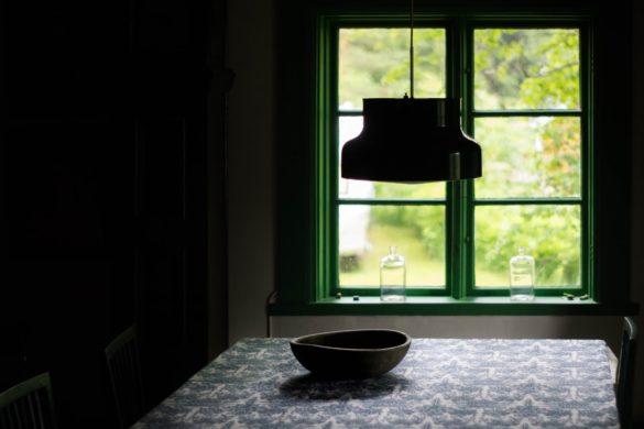 comment apporter de la luminosite a une piece sombre