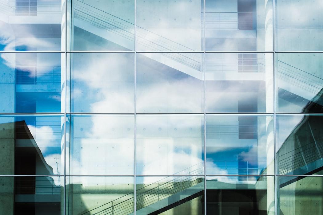 remplacer-verre-par-plexiglas 2
