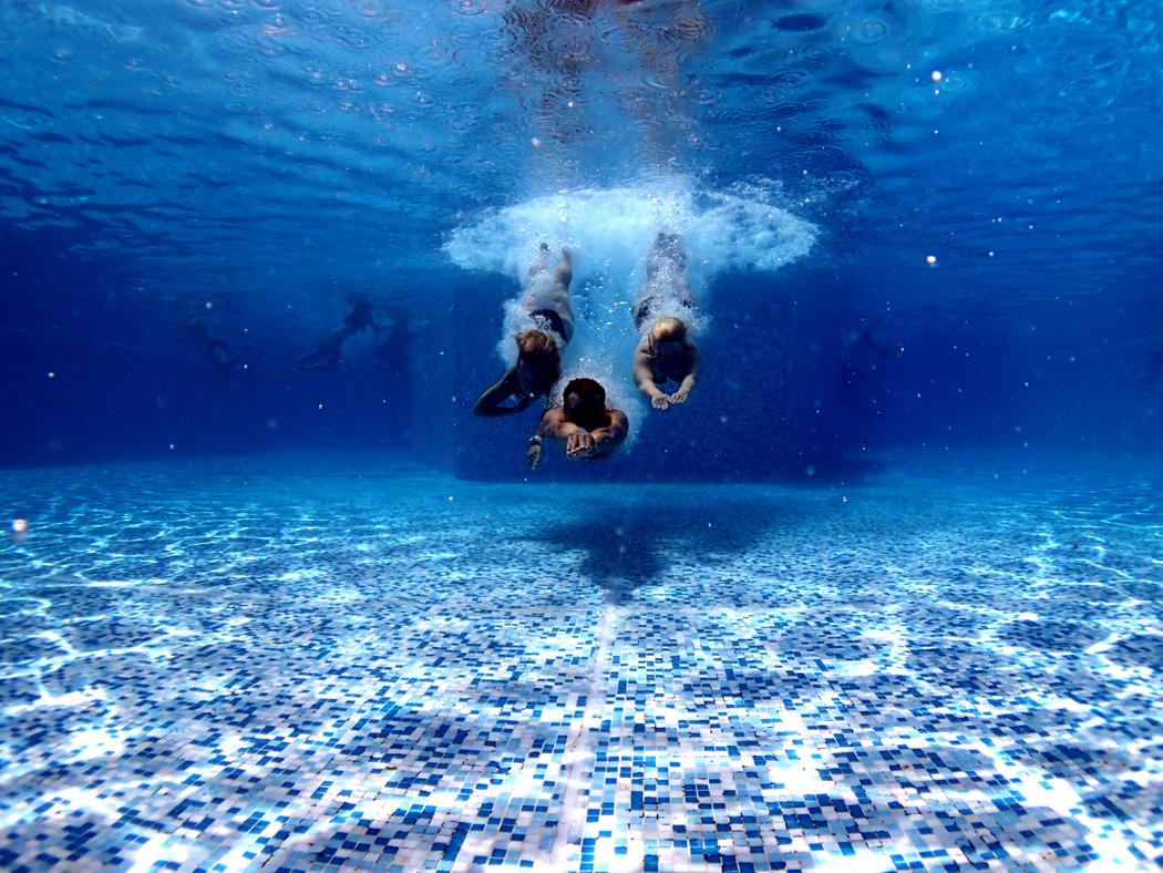 combien coute une piscine par an