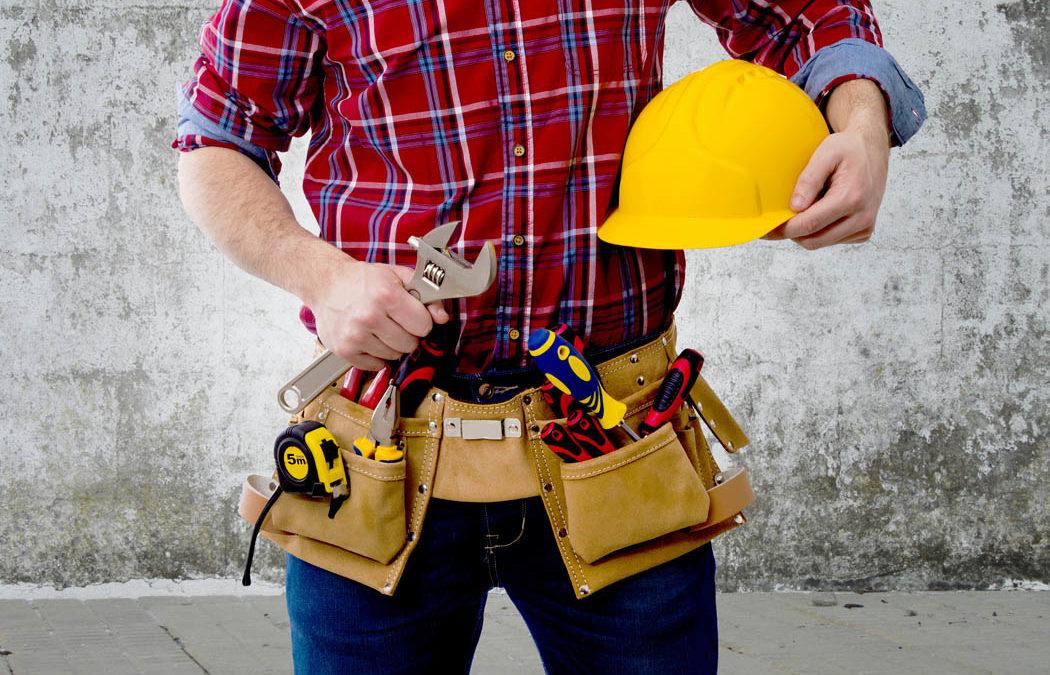 L'importance des vêtements de travail pour bricoler et jardiner chez soi