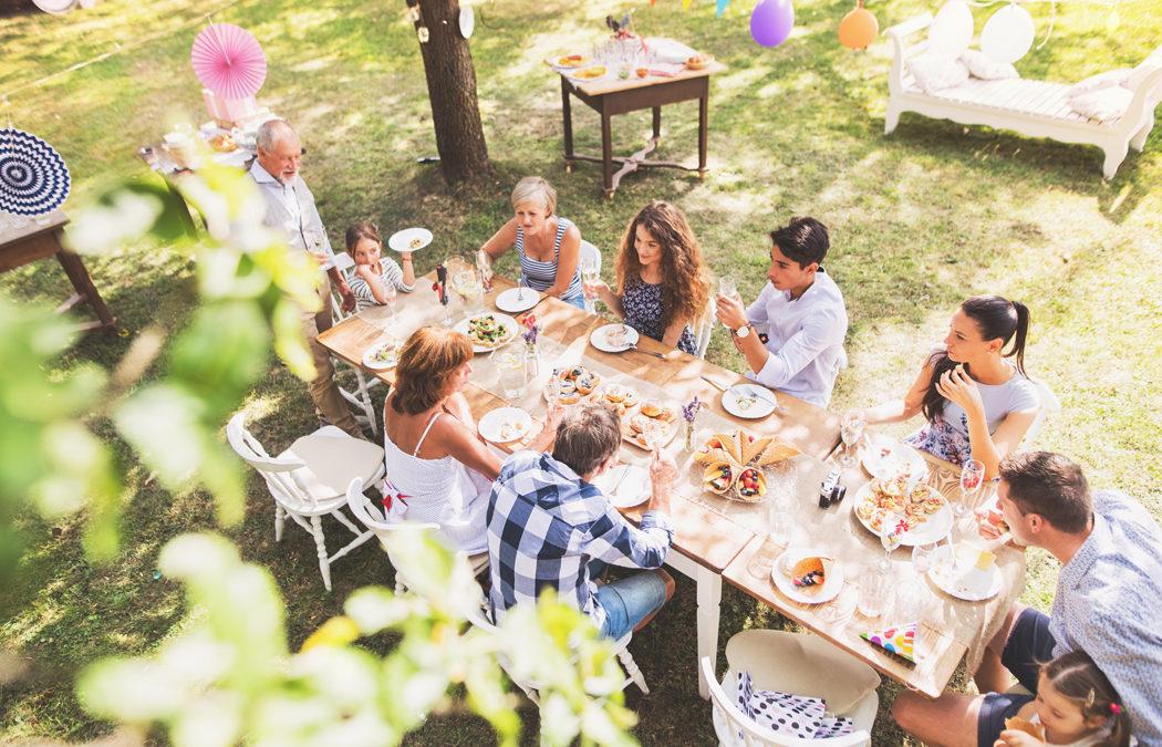 Les 6 atouts de la table de jardin extensible