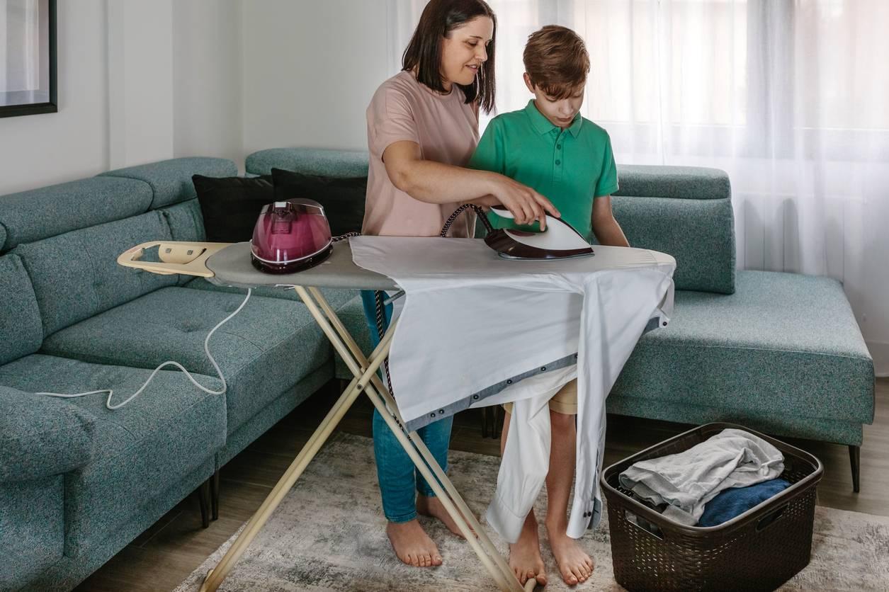 Famille nombreuse : comment soulager votre dos lors du repassage ?